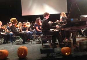 AVPA Fall Concert Fills the Frost with Symphony, Swing and the Spirit of the Season