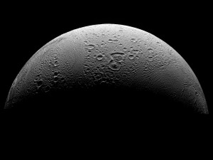1024px-PIA08409_North_Polar_Region_of_Enceladus