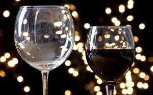 wineglasses_2779408b