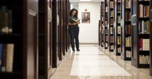 Academics_LibrariesStudentSitting
