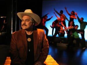 LuisValdez.play_