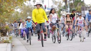 la-me-ciclavia-in-culver-city-and-venice-pictures-20150809