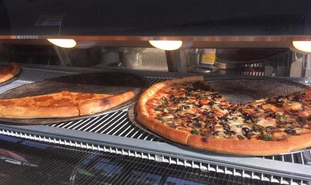 CC Foodie – Wall Street Pizza | Culver City Crossroads